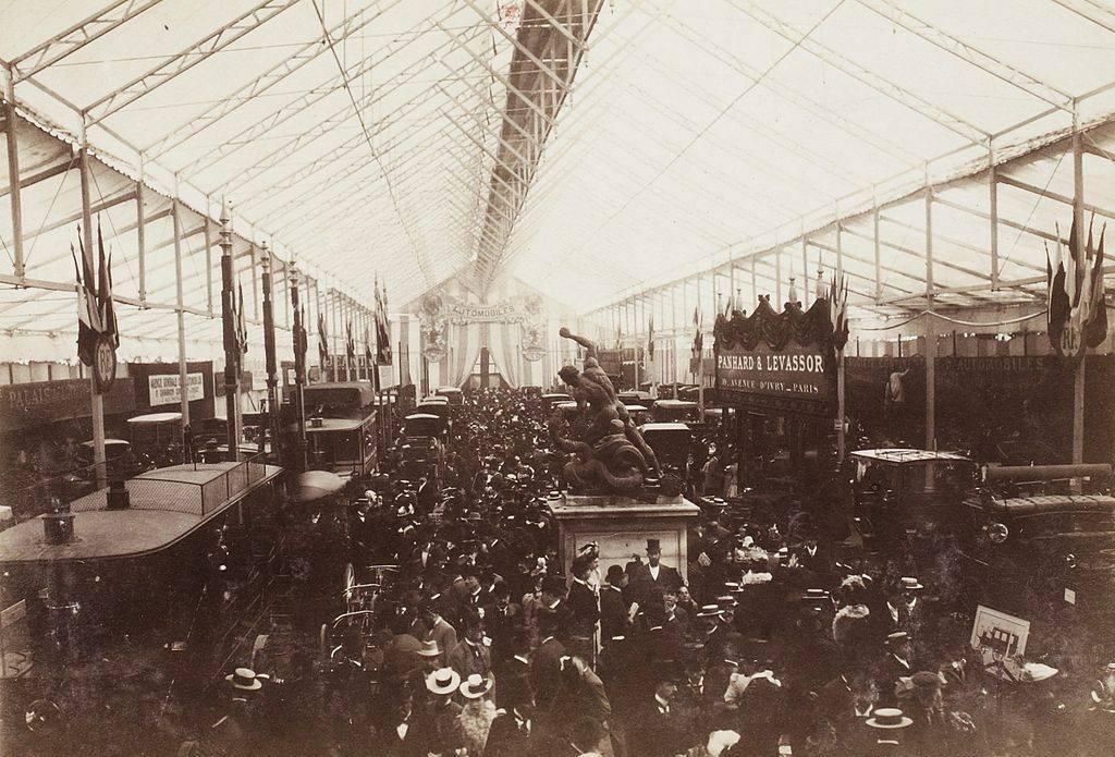 Première exposition automobile internationale